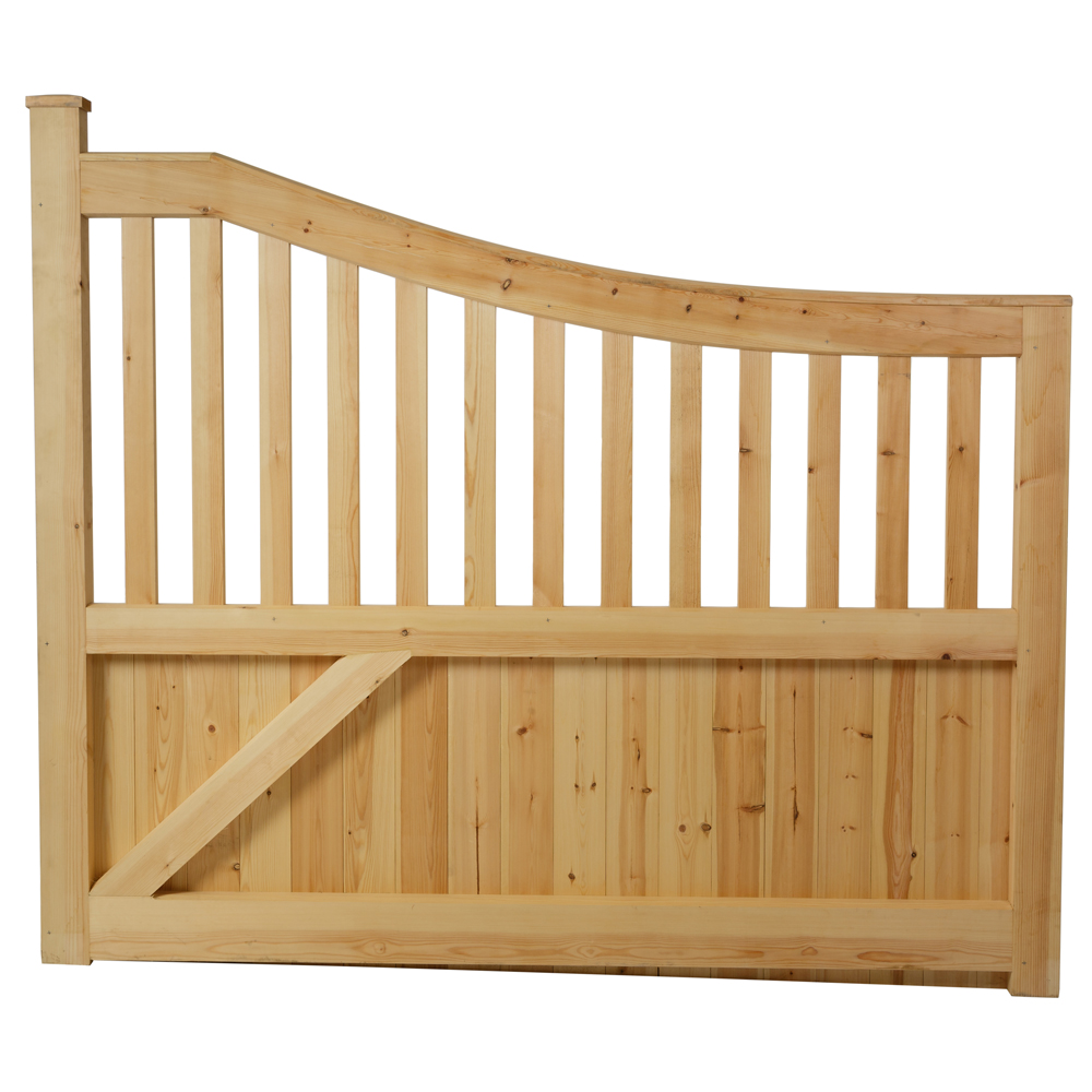Reverse of Danby style boarded gate showing bracing on solid bottom of gate