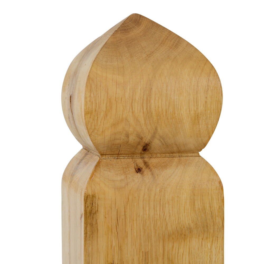 Oak gate post with ogee shaped finial
